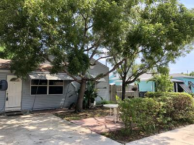 Lake Worth Single Family Home For Sale: 1410 Crestwood Boulevard