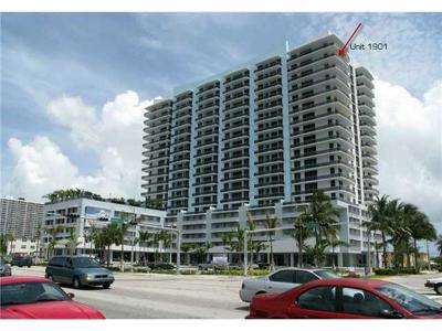 Miami-Dade County Condo For Sale: 7901 Hispanola Avenue #1901