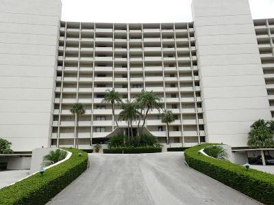 North Palm Beach Condo For Sale: 126 Lakeshore Drive #9250