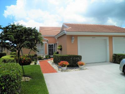 Boynton Beach Single Family Home For Sale: 5642 Royal Lake Circle