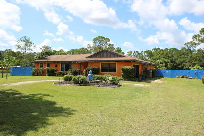Palm City Single Family Home Contingent: 6560 SW Gator Trail