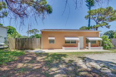 Single Family Home Sold: 609 S Loxahatchee Drive