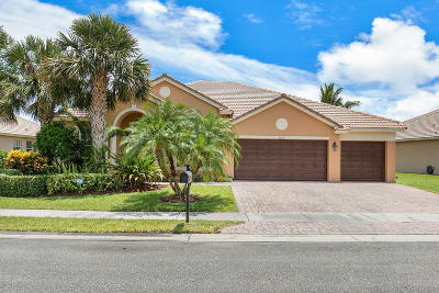 West Palm Beach Single Family Home For Sale: 6338 Greenhedge Court