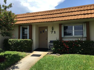 West Palm Beach Single Family Home For Sale: 5780 Fernley Drive W #71