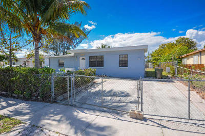 Lake Worth Single Family Home For Sale: 1211 S B Street