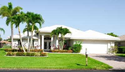 Port Saint Lucie Single Family Home For Sale: 392 SW Egret Landing