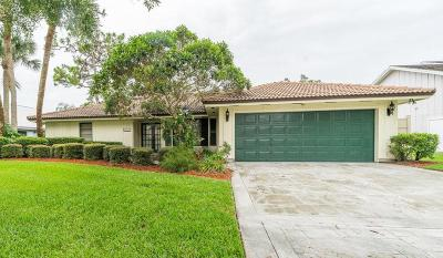 Jupiter Single Family Home For Sale: 18169 Lake Bend Drive