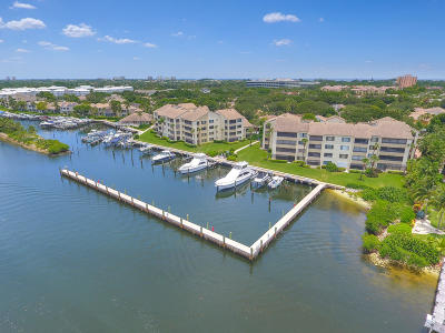 Juno Beach Condo For Sale: 911 Oak Harbour Drive