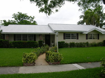 North Palm Beach Single Family Home For Sale: 541 Lighthouse Drive