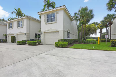 Palm Beach Gardens Townhouse Contingent: 10111 Military Trail