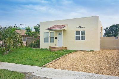 West Palm Beach Single Family Home For Sale: 515 Pilgrim Road