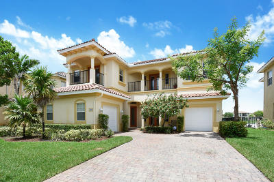 West Palm Beach Single Family Home For Sale: 500 Cresta Circle