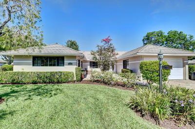 Boynton Beach Single Family Home For Sale: 15 Garden Drive