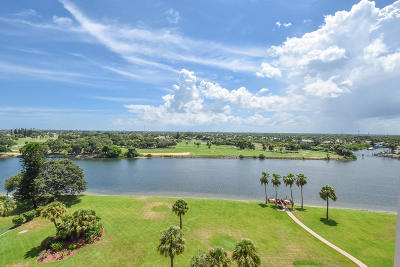 North Palm Beach Condo For Sale: 356 Golfview Road #Lph-3