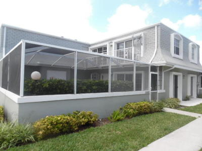 Palm Beach Gardens Townhouse For Sale: 2402 Vision Drive #B