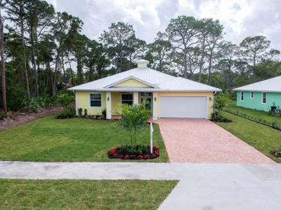 Stuart Single Family Home For Sale: 5612 SE 44th Avenue