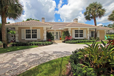 Single Family Home Sold: 10410 SE Banyan Way