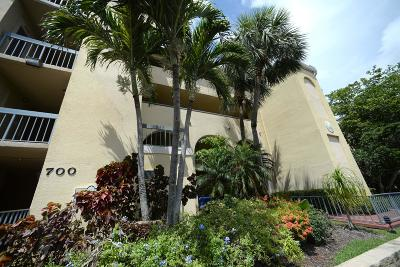 Juno Beach Condo For Sale: 700 Uno Lago Drive #101