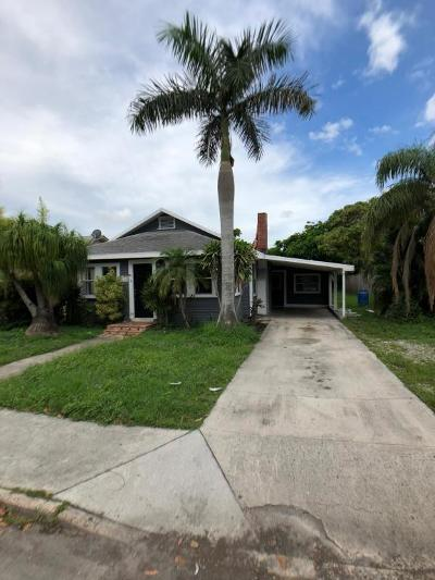 Lake Worth Single Family Home For Sale: 713 C Street