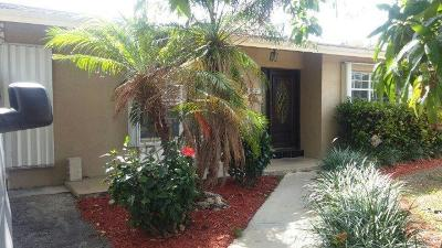 Miami Single Family Home For Sale: 15725 SW 102nd Place