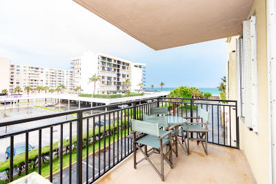 Palm Beach Condo For Sale: 3475 S Ocean Boulevard #215