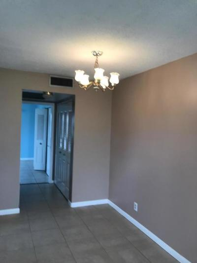West Palm Beach Condo For Sale: 326 Northampton P