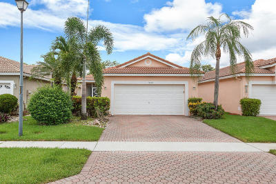 Boynton Beach Single Family Home For Sale: 9695 Cherry Blossom Court