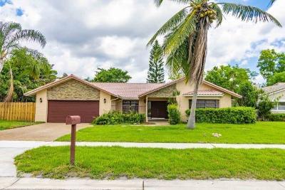 Boca Raton Single Family Home For Sale: 5913 Vista Linda Lane