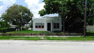 West Palm Beach Single Family Home For Sale: 4717 Garden Avenue