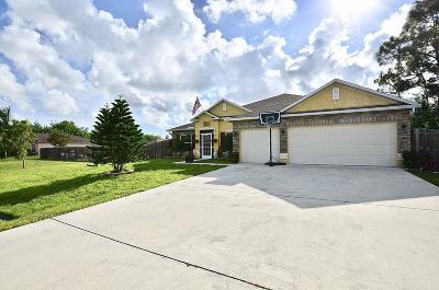 Port Saint Lucie Single Family Home For Sale: 353 NW Bayshore Boulevard