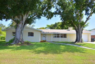 Fort Pierce Single Family Home For Sale: 1404 Ponce De Leon Prado