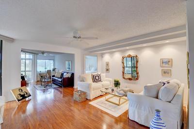 Delray Beach Condo For Sale: 15351 Strathearn Drive #10301