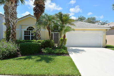 Single Family Home Sold: 4728 SE Mizner Place