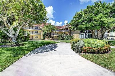 Palm Beach Gardens Condo For Sale: 5560 Tamberlane Circle #224