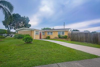 Royal Palm Beach Single Family Home For Sale: 760 Royal Palm Beach Boulevard