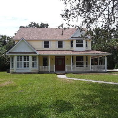 Martin County Single Family Home For Sale: 14600 SW Osceola Street