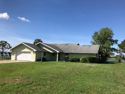 Okeechobee Single Family Home For Sale: 13072 SW 144th Parkway