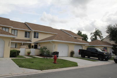 Greenacres Townhouse For Sale: 1203 Maplewood Drive