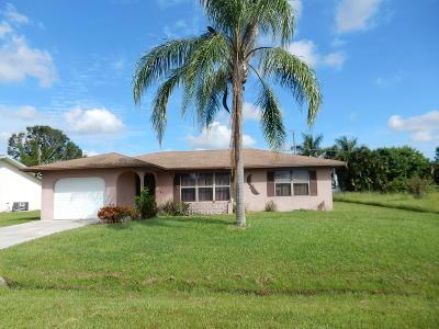 Port Saint Lucie Single Family Home For Sale: 555 SE Brookside Terrace