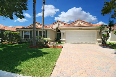 Lake Worth Single Family Home For Sale: 5910 Bay Hill Circle