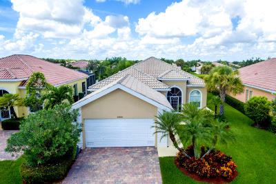 Port Saint Lucie Single Family Home For Sale: 10874 SW Candlewood Road
