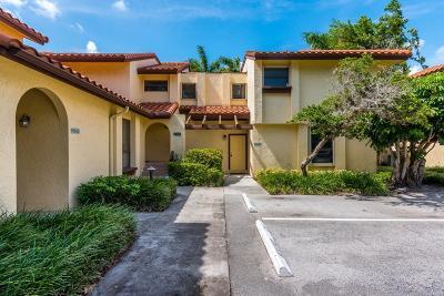 Boca Raton Townhouse For Sale: 5663 Fox Hollow Drive #D