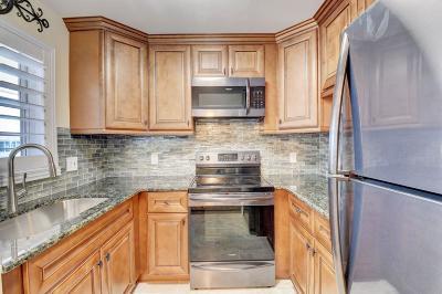 Boca Raton Condo For Sale: 400 NE 20 Street #A311