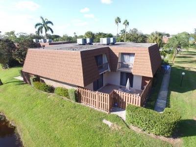 Townhouse Sold: 825 Center Street #11d