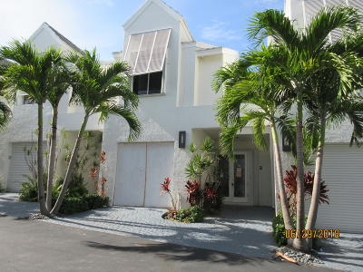 Delray Beach Townhouse Sold: 2115 S Ocean Boulevard #2