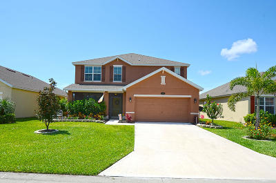 Indian River County Single Family Home For Sale: 1558 Lexington Square SW