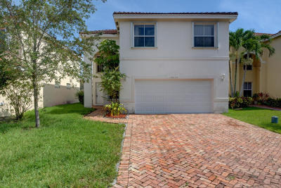 Coral Springs Single Family Home For Sale: 10850 NW 34 Court