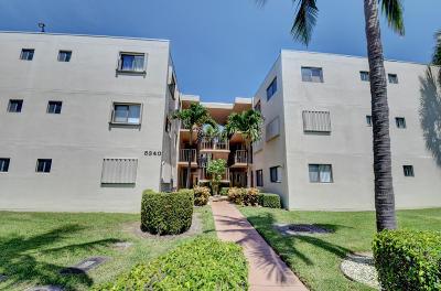 Delray Beach Condo For Sale: 5340 Las Verdes Circle #313
