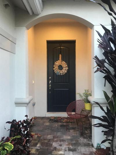 Delray Beach Townhouse For Sale: 2610 Webb Avenue