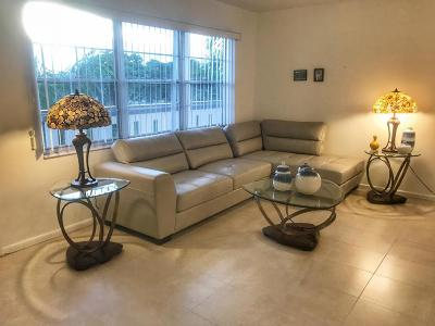 Boca Raton Condo For Sale: 4072 Yarmouth #D